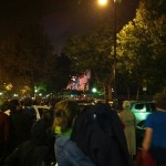 Celebración de la Bastilla en toda la ciudad. Fuegos artificiales en la torre Eiffel.