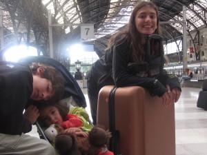 Esperando al Elipsos 477 a Barcelona en Gare de Austerlitz