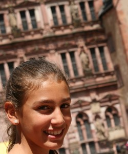 Ania sigue sonriendo
